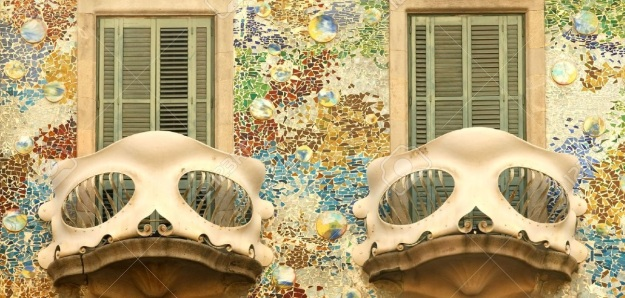 Antoni-Gaudi-modernist-building-Casa-Batllo-in-Barcelona-architecture-modernism2