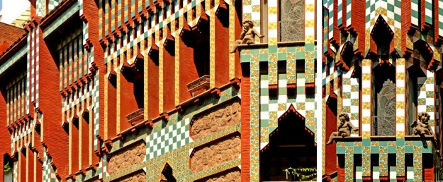 modernist-architecture-route-through-barcelona-casa-vicens