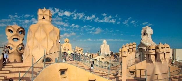 modernist-architecture-route-through-barcelona-la-pedrera