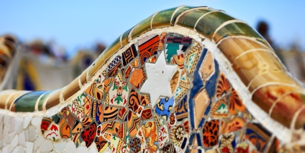 modernist-architecture-route-through-barcelona-park-guell