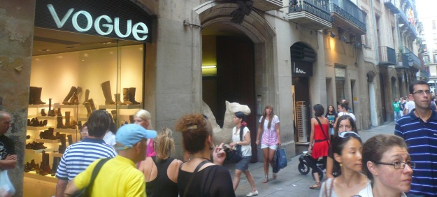 carrer de portaferrissa best shopping places spots in barcelona mall malls center top shop shops