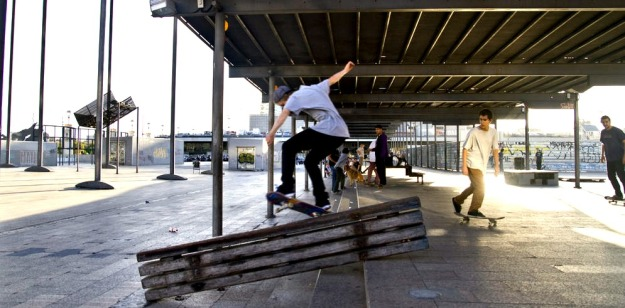 best top places spots for skate skating skateboarding in barcelona sants